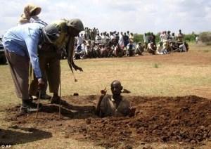 Muslims prepare to stone a man to death in Somalia