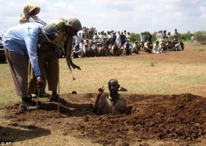 Muslims prepare to stone a man to death in Somalia